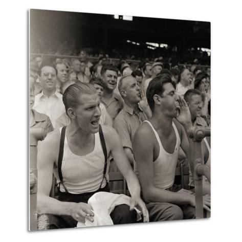 Men Booing Cincinnati Reds--Metal Print
