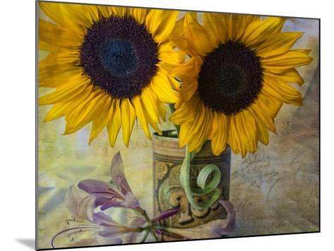 Old Tea Can-Bob Rouse-Mounted Giclee Print