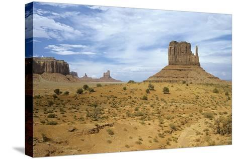 Monument Valley 05-Gordon Semmens-Stretched Canvas Print
