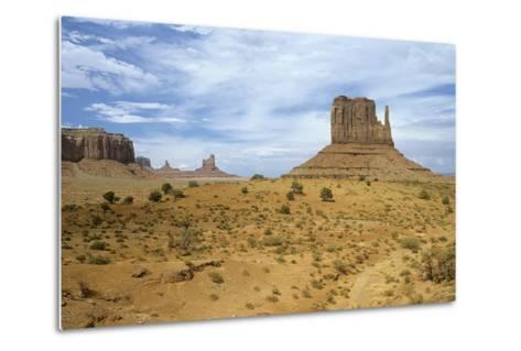 Monument Valley 05-Gordon Semmens-Metal Print
