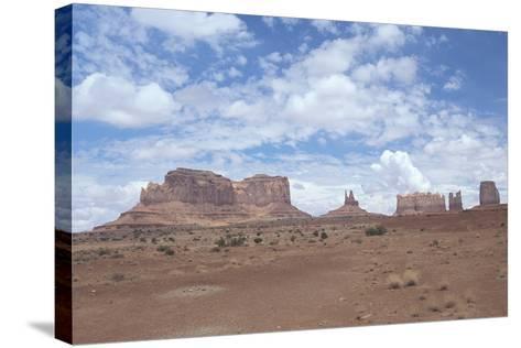 Monument Valley 11-Gordon Semmens-Stretched Canvas Print