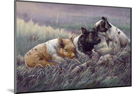 Three Little Pigs-Wanda Mumm-Mounted Giclee Print