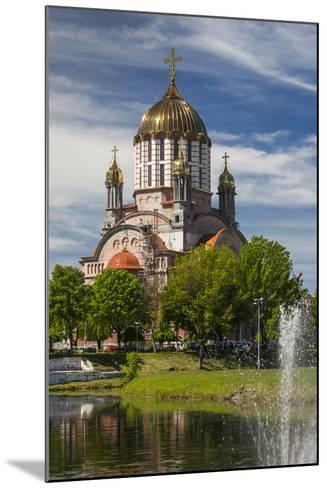 Romania, Transylvania, Fagaras, Sfantul Ioan Botezatorul Cathedral-Walter Bibikow-Mounted Photographic Print