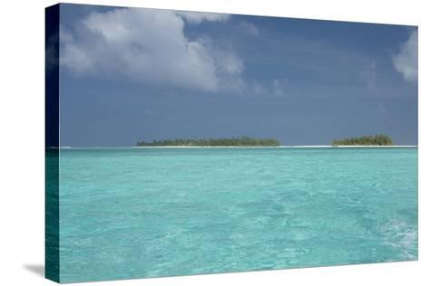 Cook Islands, Aitutaki, Honeymoon Island. Motu Surrounded by Lagoon-Cindy Miller Hopkins-Stretched Canvas Print