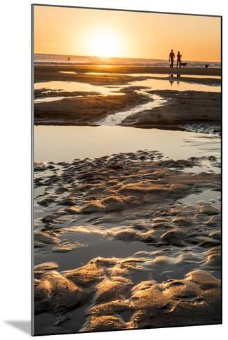 California, Carpinteria, Santa Barbara Channel, Beach at Low Tide-Alison Jones-Mounted Photographic Print