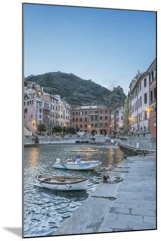 Italy, Cinque Terre, Vernazza-Rob Tilley-Mounted Photographic Print