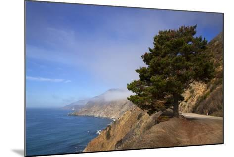 USA, California. Scenic Viewpoint of Pacific Coast Highway 1-Kymri Wilt-Mounted Photographic Print
