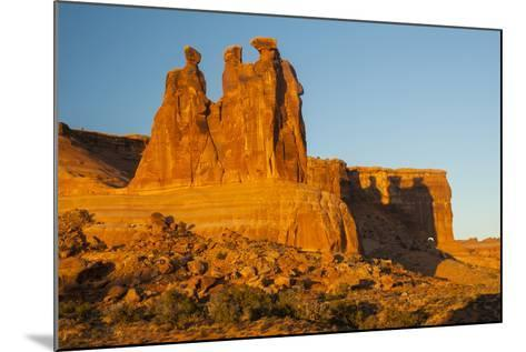 USA, Utah, Arches NP. the Three Gossips Formation at Sunrise-Cathy & Gordon Illg-Mounted Photographic Print