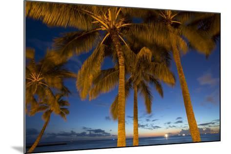Twilight, Waikiki, Honolulu, Oahu, Hawaii-Douglas Peebles-Mounted Photographic Print