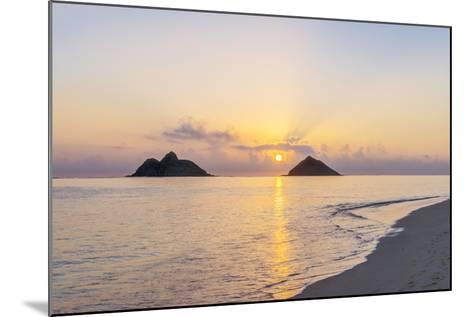 USA, Hawaii, Oahu, Lanikai Beach Sunrise-Rob Tilley-Mounted Photographic Print