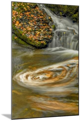 Pennsylvania, Delaware Water Gap NRA. Waterfall and Swirling Pool-Jay O'brien-Mounted Photographic Print