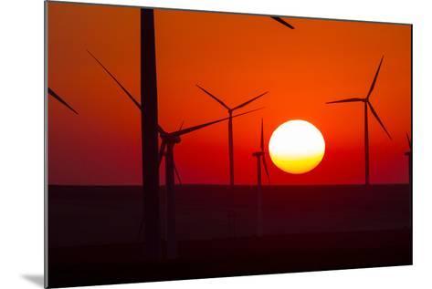 Washington, Walla Walla. Windmills. Stateline Wind Project-Brent Bergherm-Mounted Photographic Print