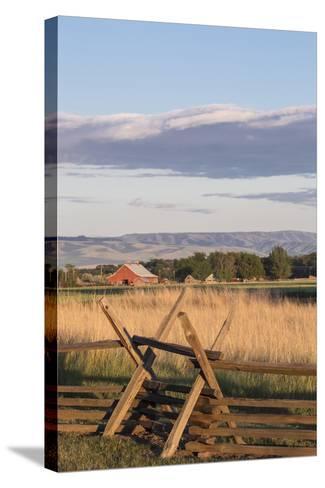 Washington, Walla Walla Co, Whitman Mission Nhs, Oregon Trail Fence-Brent Bergherm-Stretched Canvas Print