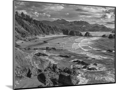 USA, Oregon, Coast Canon Beach-John Ford-Mounted Photographic Print