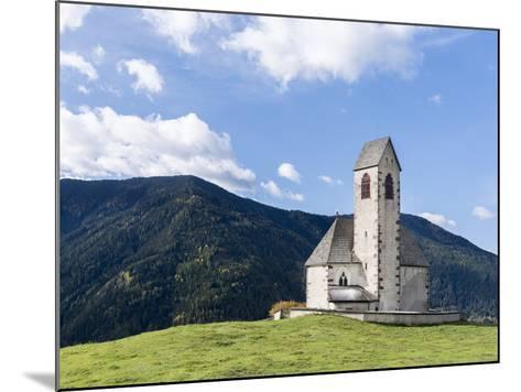 The Church Sankt Jakob, Val de Funes, Italy, South Tyrol, Alto Adige-Martin Zwick-Mounted Photographic Print