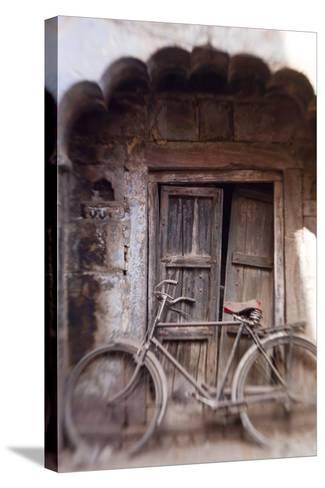 Bicycle in Doorway, Jodhpur, Rajasthan, India-Peter Adams-Stretched Canvas Print
