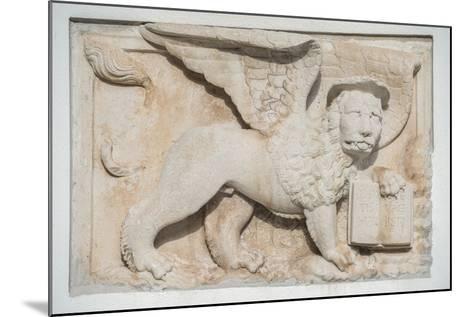 Croatia, Dalmatia, Hvar Town, St. Mark's Lion-Rob Tilley-Mounted Photographic Print