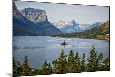 Montana, Glacier NP, Wild Goose Island Seen from Going-To-The-Sun Road-Rona Schwarz-Mounted Photographic Print
