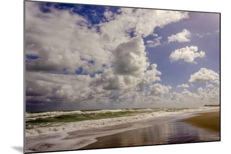 Storm Coming, Eastern Florida Coast, Atlantic Ocean, Jupiter, Florida-Rob Sheppard-Mounted Photographic Print
