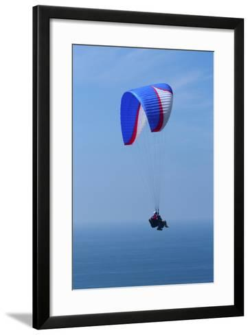 California, San Diego. Hang Glider Flying at Torrey Pines Gliderport-Steve Ross-Framed Art Print