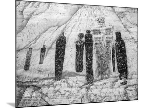 USA, Utah, Canyonlands NP. Pictographs in Horseshoe Canyon-Dennis Flaherty-Mounted Photographic Print