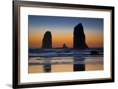 Sunset over Seastack Near Haystack Rock, Cannon Beach, Oregon, USA-Brian Jannsen-Framed Art Print