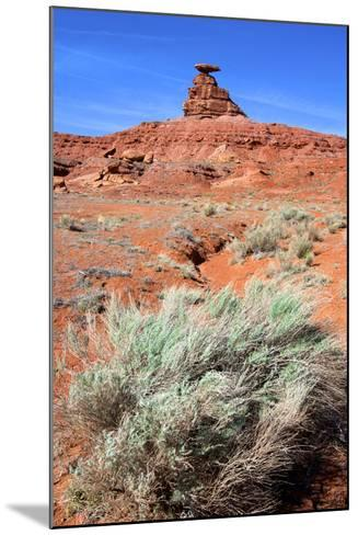Mexican Hat Rock in the San Juan River Valley, on Highway 261, Utah-Richard Wright-Mounted Photographic Print