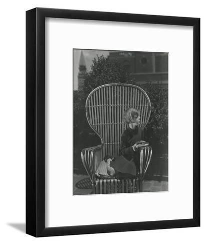 Leslie Ruth Howard--Framed Art Print