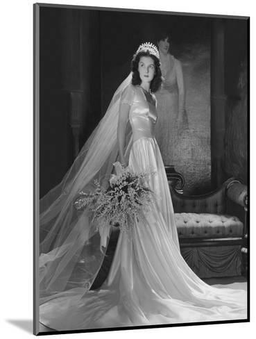 Mrs. John Simms Kelly (Brenda Frazier) in Wedding Gown--Mounted Premium Photographic Print