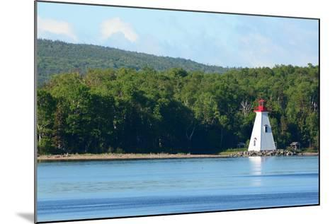 Scenic View of the Kidston Island Lighthouse-Darlyne A^ Murawski-Mounted Photographic Print