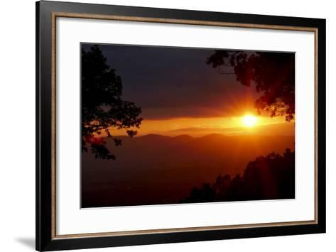 Sunset over the Blue Ridge Mountains-Amy, Al White, Petteway-Framed Art Print