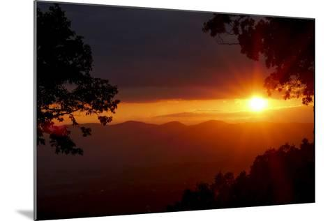 Sunset over the Blue Ridge Mountains-Amy, Al White, Petteway-Mounted Photographic Print