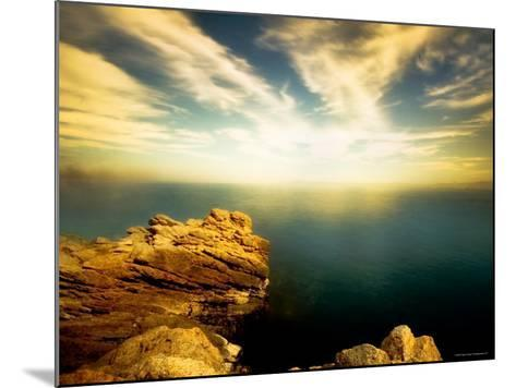 Sunlight Reflecting off Blue Waters off Cliffside-Jan Lakey-Mounted Photographic Print