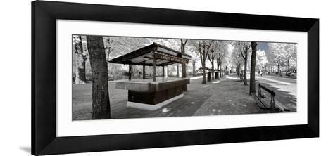Another Look - Paris-Philippe Hugonnard-Framed Art Print