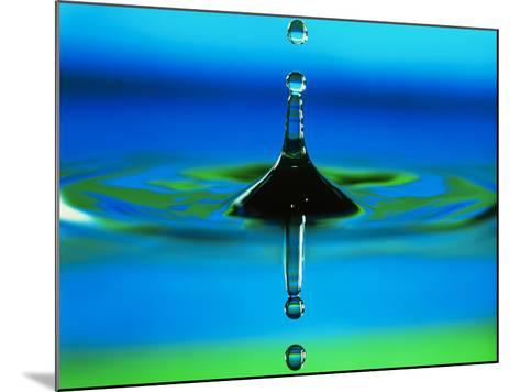 Water Drop-Adam Hart-Davis-Mounted Photographic Print