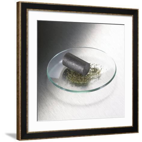 Carbon-Science Photo Library-Framed Art Print