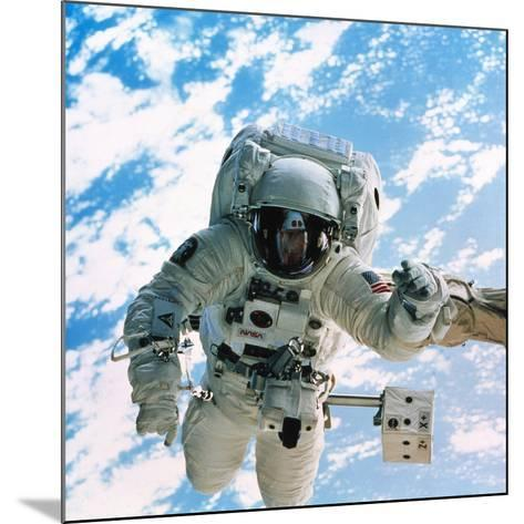 Spacewalk During Shuttle Mission STS-69--Mounted Photographic Print
