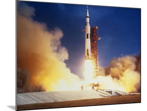 Launch of Apollo 11 Spacecraft En Route To Moon--Mounted Photographic Print