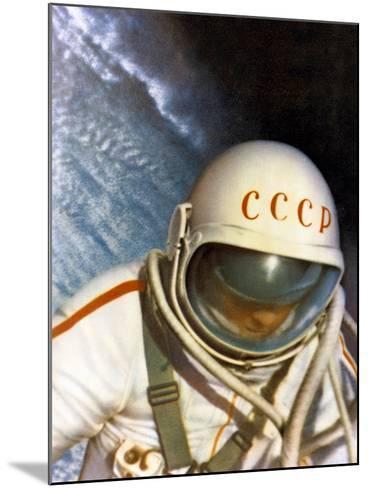 Alexei Leonov, First Space Walk, 1965-Ria Novosti-Mounted Photographic Print