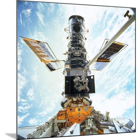 Hubble Servicing--Mounted Photographic Print