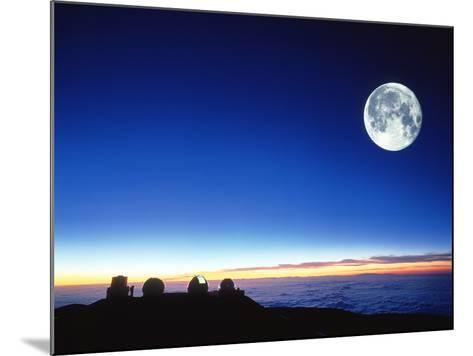 Observatories At Mauna Kea, Hawaii-David Nunuk-Mounted Photographic Print