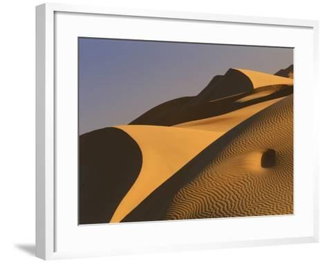 Sand dunes (Timimoun, Grand Erg, Gourara Valley, Sahara Desert, Algeria)-Frans Lemmens-Framed Art Print