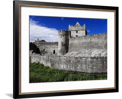 Cahir Castle-Richard Cummins-Framed Art Print
