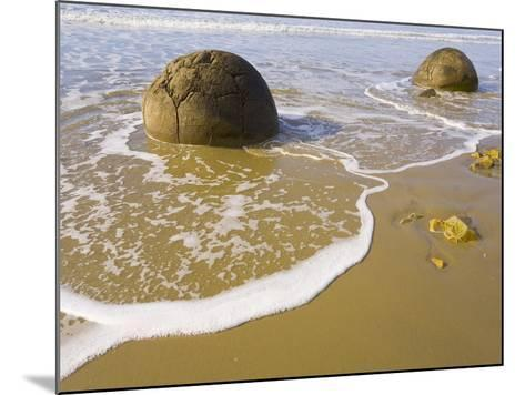 Large Moeraki Boulders on Koekoche Beach-John Eastcott & Yva Momatiuk-Mounted Photographic Print