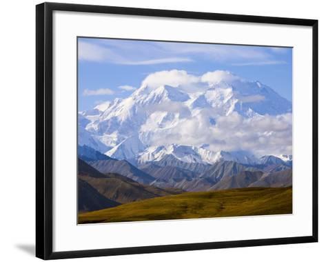 Mount McKinley-John Eastcott & Yva Momatiuk-Framed Art Print
