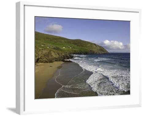 Coumeenoole Beach and Slea Head-Doug Pearson-Framed Art Print