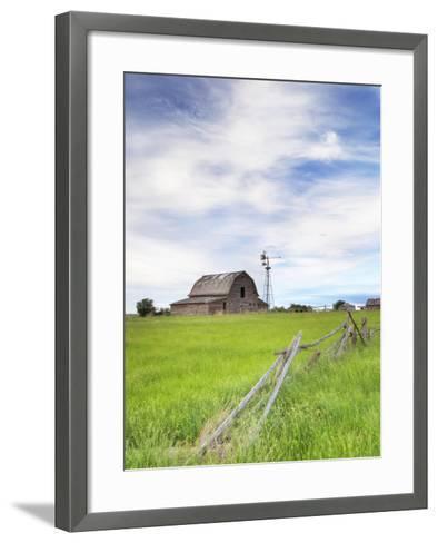 Abandoned Barn, Near Leader, Saskatchewan, Canada-Sam Chrysanthou-Framed Art Print