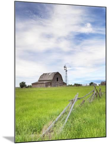 Abandoned Barn, Near Leader, Saskatchewan, Canada-Sam Chrysanthou-Mounted Photographic Print