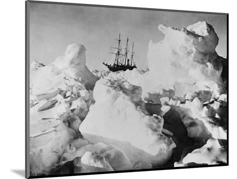 Ernest Shackleton's Ship Endurance Trapped in Ice-Bettmann-Mounted Photographic Print