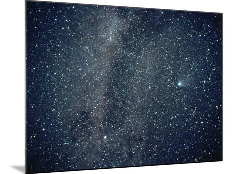 Halley's Comet in the Southern Sky-Roger Ressmeyer-Mounted Photographic Print